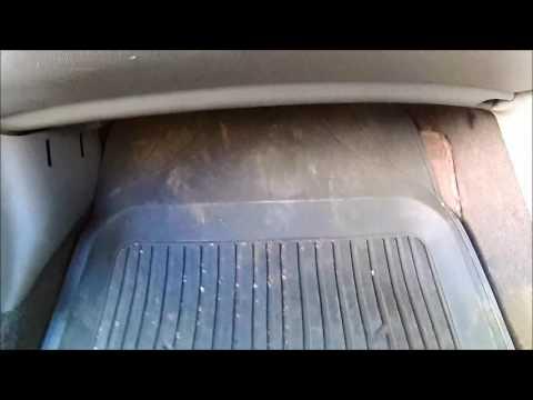 Где находится топливный фильтр тонкой очистки на тойоте Королла