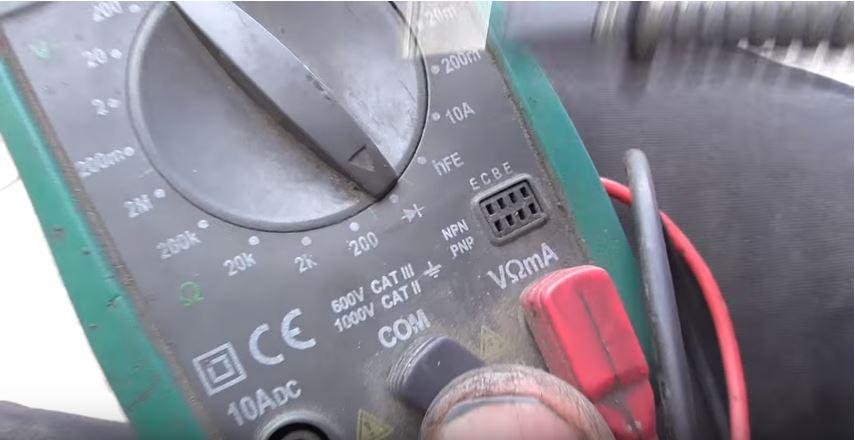Как мультиметром проверить датчик распредвала на Пежо 407