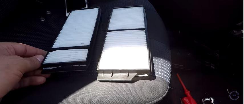 Как на Мазда 3 2011 года поменять салонный фильтр