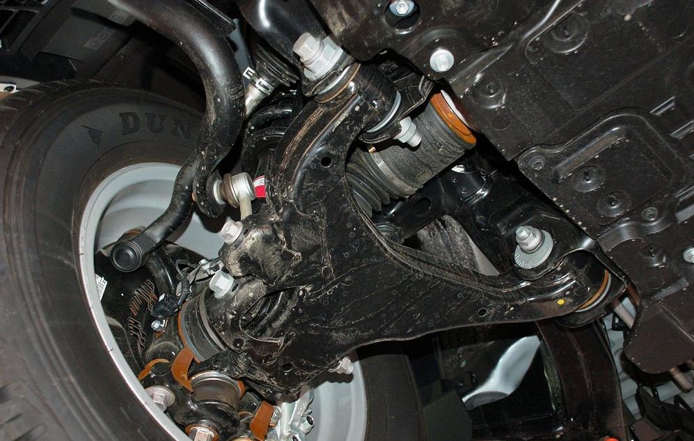 Как поменять масло на Тойота Ленд Крузер 200
