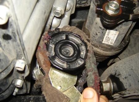 Как самому заменить масло в двигателе РАВ 4