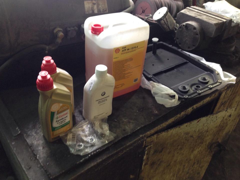 Какое масло залить в коробку в БМВ Х5