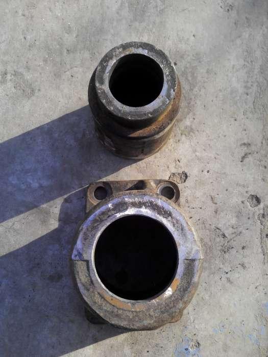 КАМАЗ гонит масло на соединении двигателя и коробки не пойму откуда