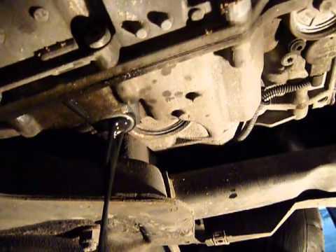 Сколько масла в двигателе Рено Сценик 1.6 бензин
