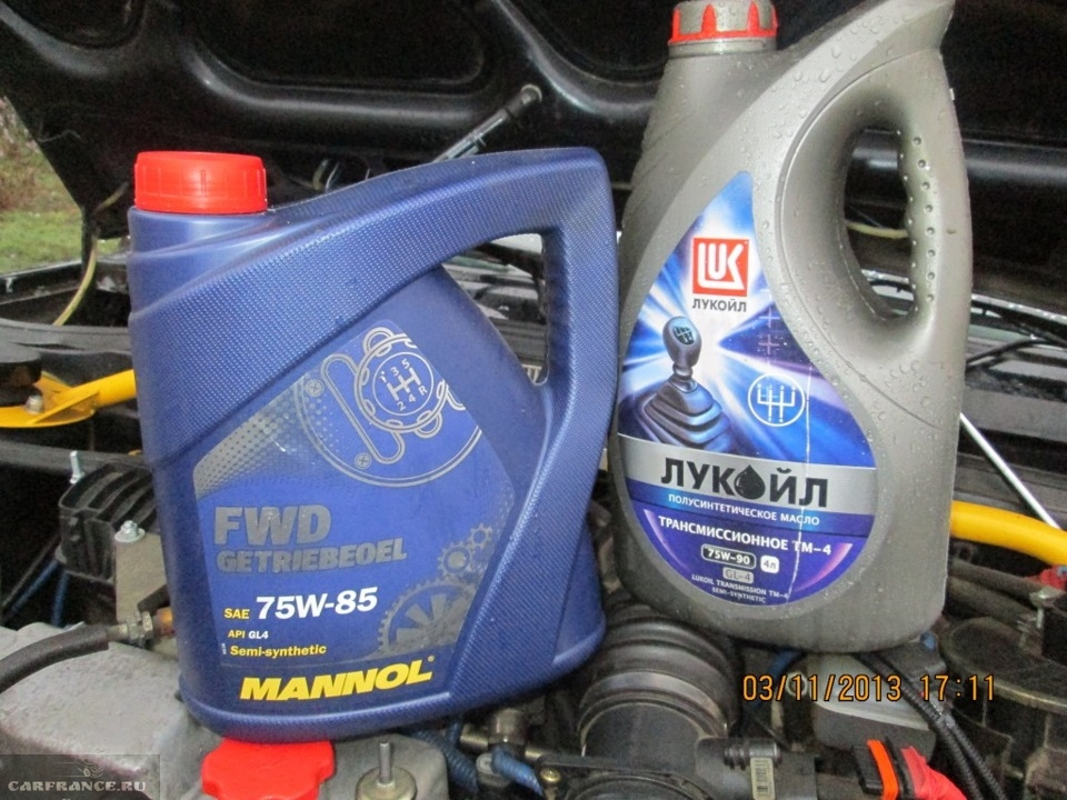 Сколько нужно масло для замены в двигателе на Приоре