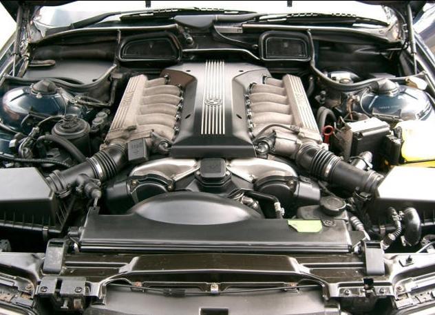 Течь масла между коробкой и двигателем БМВ е39