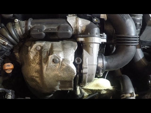 Трубка подачи масла на турбину в Пежо 308