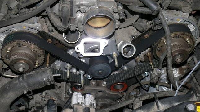 Замена ГРМ Тойота Ленд Крузер 100 4.7 бензин
