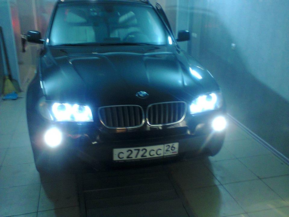 Замена лампы ближнего света на BMW X3 e83