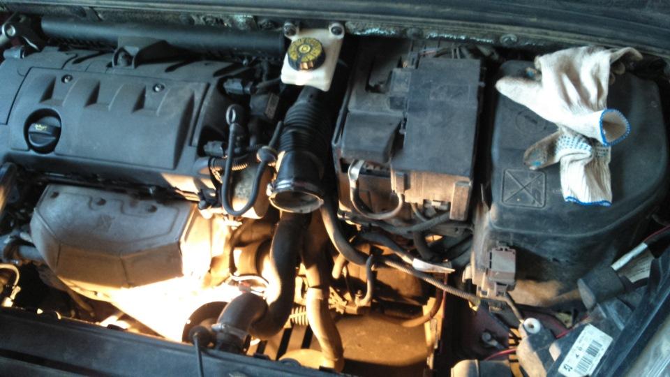Замена масла в коробке Пежо 308 механика видео