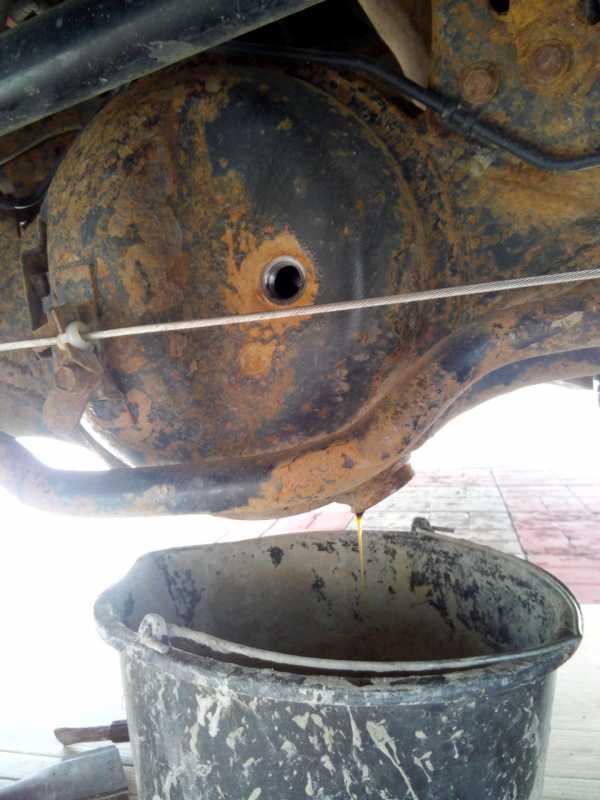Замена масла в мостах Toyota Land Cruiser 200