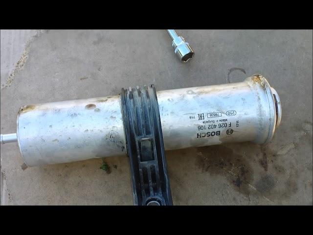 Замена топливного фильтра BMW X5 в 3.0 e70